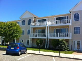 OCEAN VIEW-Close to Beach/Boardwalk-Free Internet, Wildwood