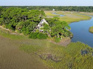 Pyramid Pointe - Surrounded by the ocean, Isla de Edisto