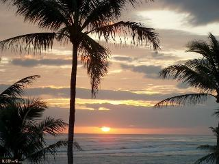 Hawaii Beachfront Vacation Rentals, Punaluu