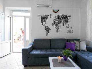 Perfect location apartment 4+1, Dubrovnik