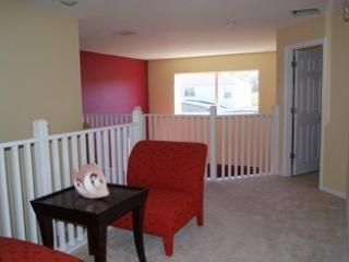 2nd Floor Sitting Area