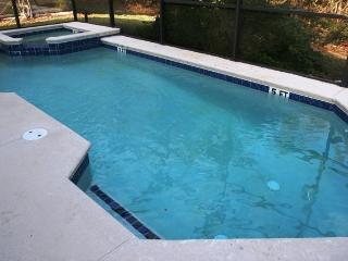 4 bedroom/3 full bath with heated pool/spa, Davenport