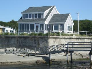 Ocean Front Cottage on Scenic Long Beach, Rockport