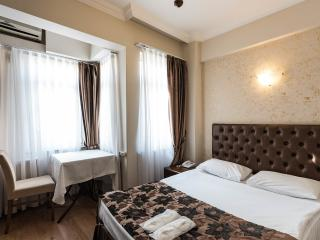 Attractive & Comfy Room & BB & Wifi, Estambul