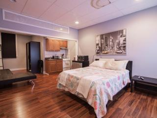 Studio Apt 10 mins from midtown NYC, Weehawken