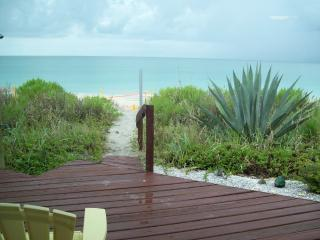 DIRECT BEACH FRONT HOME on MANASOTA KEY, Manasota Key