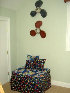 3rd Level - MINNOW Room Ottoman Convert to Twin