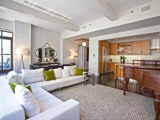 Huge Luxury Apartment in the Heart of Midtown