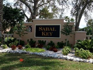 Gulf Coast Condo Minutes from Golf and Beaches, Bradenton