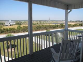 "Perfect beach vacation at ""Sea-sons"", Surf City"