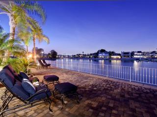 Private Island Hideaway With Duffy Boat, Newport Beach