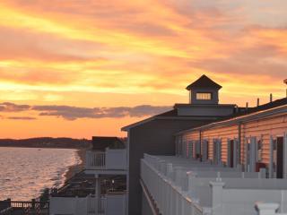 Waterfront Condo on Massachusetts Bay!!, North Truro
