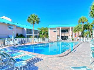 Beautiful Condominium In Great Location  !, Sarasota