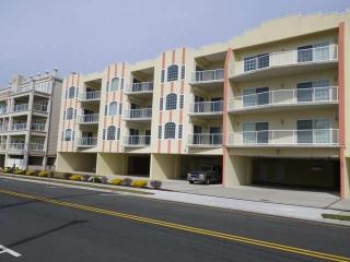 3br/2ba Ocean View - steps to beach,pool,boards, Wildwood Crest