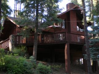 THE TREE HOUSE, Prescott