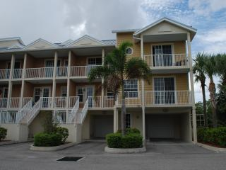 Waterfront,Gulf Access Luxury 2 bed /1.5 bath, Town House U-466 at Private Beach