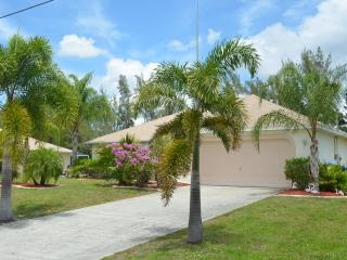 Flamingo Residence / Pool / Canal, Cape Coral
