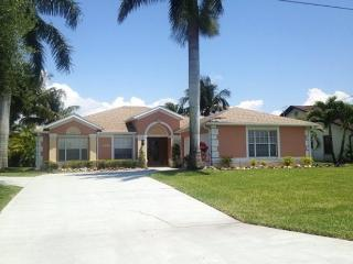 Coral Palms - Gulf Access Pool Home with Billiard, Cape Coral