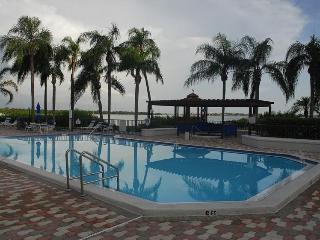 Fantastic 2BR/2BR Lake Shore Villa - Isla Del Sol