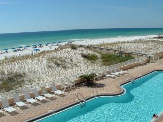 Avail. week of 6/4/16**Beachfront Condo**Isl 3005, Fort Walton Beach