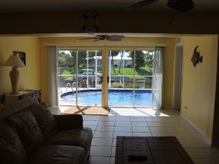 Sailboat Gulf Access, Heated Pool, Great View!!, Cape Coral