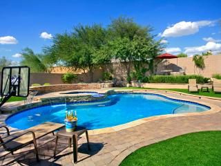 Beautiful Phoenix Home - Sleeps 12
