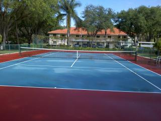 Golf Course View Condo in Naples---Reduced Fall Rates.