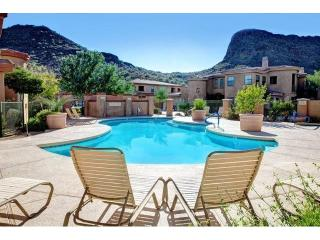 2 BD/ 2 BA Condo on the Scottsdale / FH Border