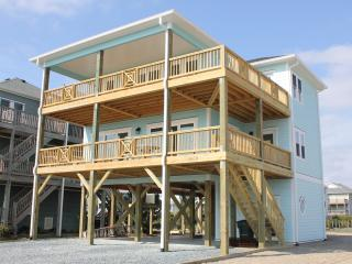Gorgeous home, amazing water views!, Topsail Beach