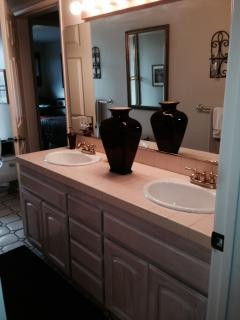 BEAUTIFUL LARGE MASTER BATH WITH EURO TILE WITH SUNKIN TUB AND DUAL SINKS