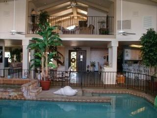 ON Bayfront 6 Bedrm,5Bath w/Indoor Pool,NearBeach