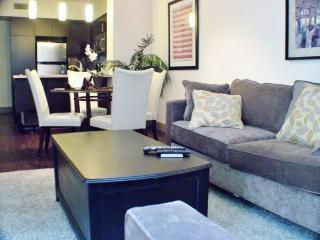 Luxury Apt on Hollywood Blvd. Great location !, Los Angeles