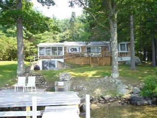 Wonderful 3 Bedroom Lake Winnipesaukee Rental, Moultonborough