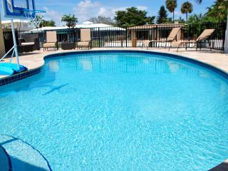 Waterfront Vacation home rental Coral Reef Beach House, Lauderdale by the Sea