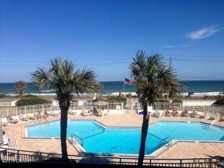 OCEANFRONT WATERVIEW VACATION CONDO FLAGLER BEACH, Flagler Beach