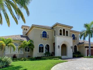 THE HEATHWOOD ESTATE of MARCO ISLAND, Isla Marco