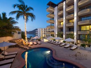 Oceanfront Luxury Resort Medano Beach 1&2 BD Low, Cabo San Lucas