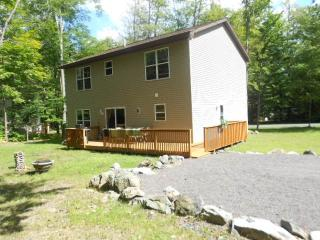 MOUNTAIN QUEEN-LAKE BEACHES,HEATED POOLS,WIFI,ETC, Thornhurst