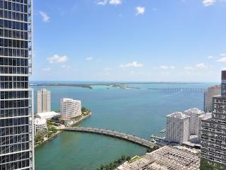 Icon Brickell / W Hotel residences - 1 bedroom apartment with water views