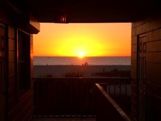 Treasure Island Beachfront  RETREAT  #2