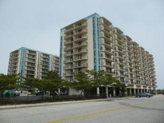 2 Bedroom/2 Bath Oceanfront Building All Amenities, Ocean City