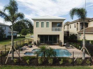 5 Bed Key West at Fairway Ridge 6 Miles to Disney!, Reunión