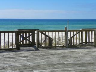 Beautiful gulf front 3 bedroom, 3 bath townhome, Panama City Beach