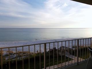 Luxury Condo Sleeps 6*Beach House*ON the Beach!, Miramar Beach