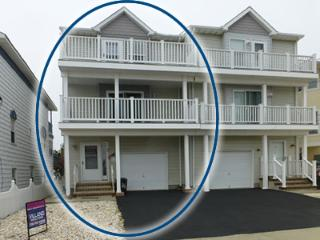 4 Br, Luxurious, Clean, 3rd House from the Beach, Seaside Park