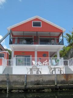 STILT HOME- BRING YOUR BOAT OR FISH FROM 40' DOCK