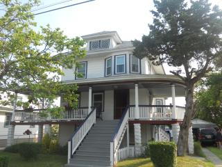5BR Queen Anne Victorian Great for Family No Pets, North Wildwood