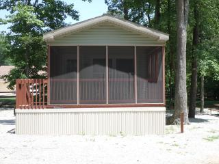 2 Bedroom Cottage in Big Timber Lake Resort