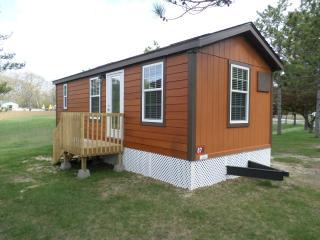 Cozy Family Cabin in Cape May KOA Campground