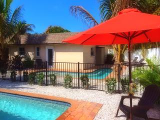 Sea Shell Casita- Amazing 2BR Heated Pool Casita, Near Beach Access [Sleeps 6]